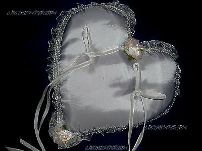 Cuscino Portafedi Nozze D Argento.Portafedi Cuscino Per Le Fedi Sposa Matrimonio Veli Nozze D Argento