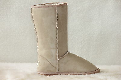 Ugg Boots Tall, Synthetic Wool, Size 9 Lady's/Size 7 Men's, Colour Beige 2