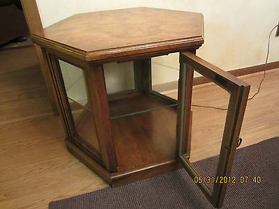 Vintage Weiman Burlwood Curio Cabinet