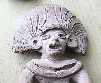 Vintage Art Pottery Pre-Columbian Male Sitting Figurine Statue Clay Old 3