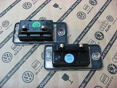 WOW Satz Original Audi LED Kennzeichenbeleuchtung Kennzeichenleuchte + Schrauben