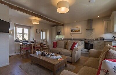 Holiday Cottage Self Catering Lake District Keswick sleeps 4 Dog Friendly 17 Oct 2