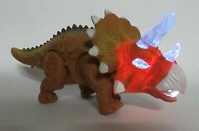 großer Dinosaurier mit schaurigem Brüllen Licht Läuft und mit viel Bewegung