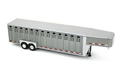 1:64 GreenLight *GUN METAL GRAY* Vertical 3 Hole Side LIVESTOCK TRAILER NIP 3