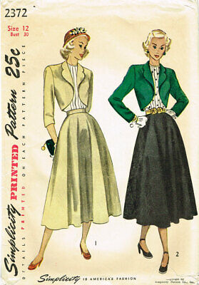 1940s Vintage Simplicity Sewing Pattern 2372 Misses Suit and Tucked Blouse 31B 4