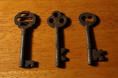Set of 7 Rustic Cast Iron 19th Century Style Cabinet Skeleton Keys Rusted Finish 6