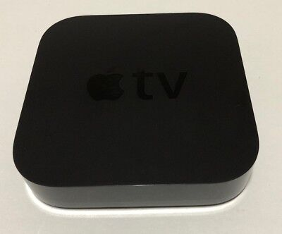 Apple TV (3rd Generation) Smart Media Streaming Player with original remote 2