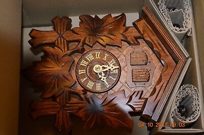 1 day Cuckoo Clock with music 3