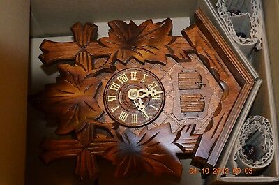 1 day Cuckoo Clock with music set of 1 for project