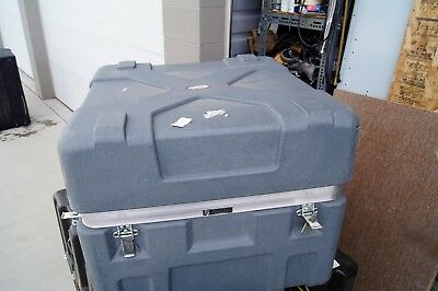 Shipping Case 27.5 X 27.5 X 23 INSIDE DIMENSIONS CASE BY SOURCE HARD CASE 8