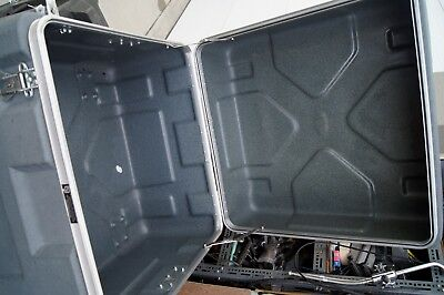 Shipping Case 27.5 X 27.5 X 23 INSIDE DIMENSIONS CASE BY SOURCE HARD CASE 6