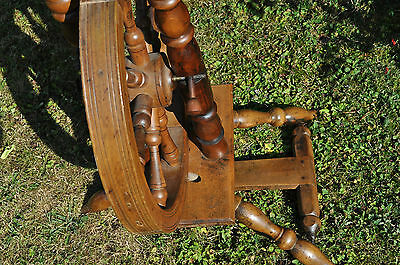 antikes  seltenes Spinnrad Eiche schwere Ausführung 10