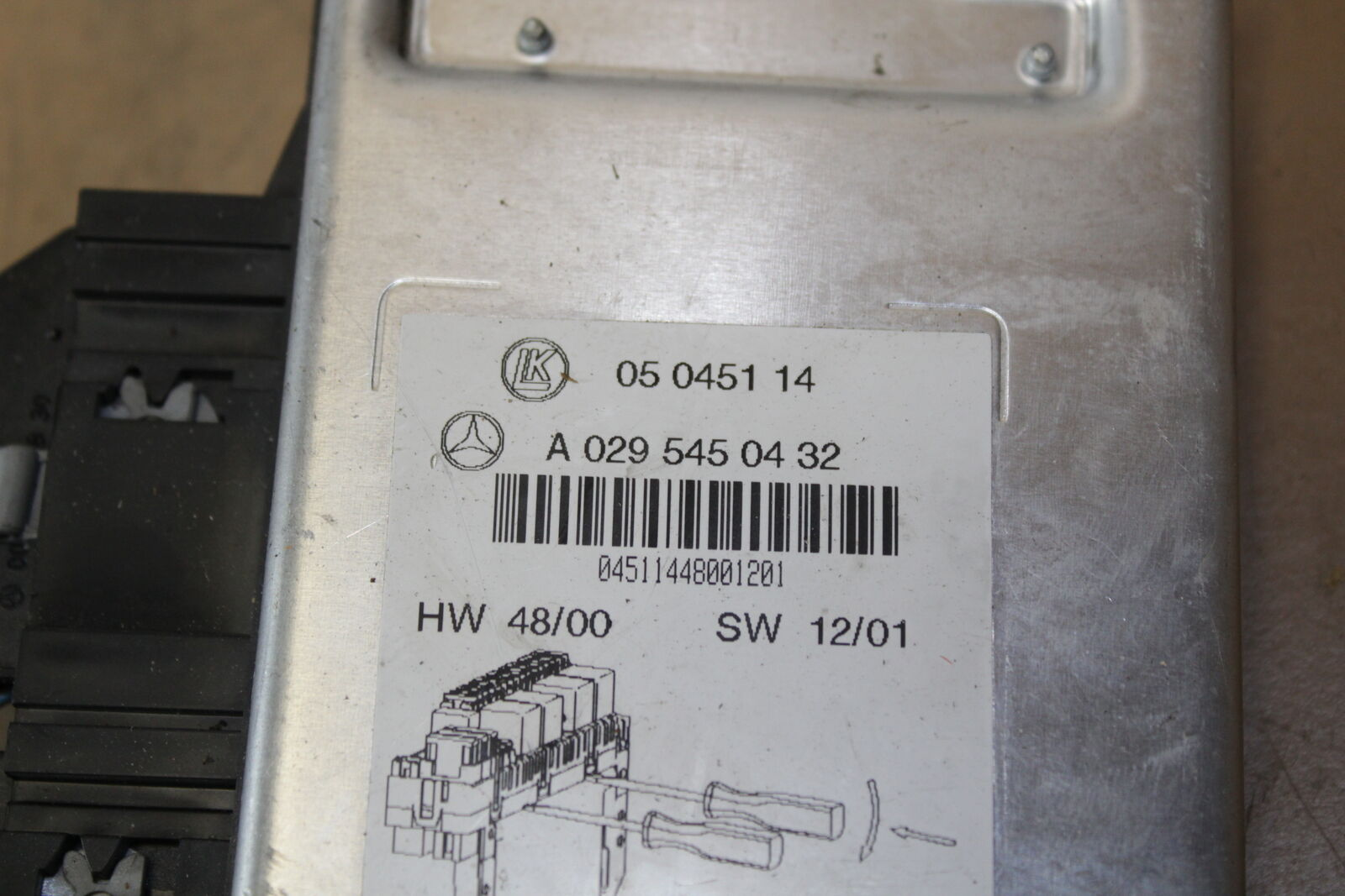 MERCEDES E CLASS W40 Sam Fuse Box Relay Module A40