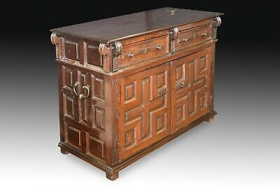 Commode (taquillón). Walnut, wrought iron. Spain, 17th century. 2