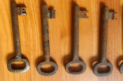 vintage iron metal skeleton rusty key keys house supplies rustic door lock 4