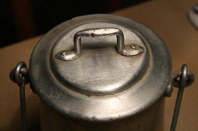 Lechera antigua de aluminio 2