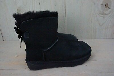 0331475059a UGG MINI Bailey Bow Ii Black Suede Sheepskin Boots Womens Us 5 Nib
