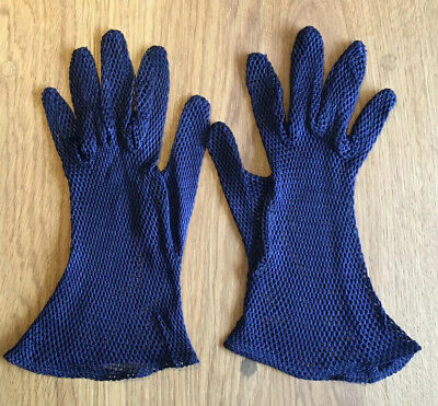 Pair Of Vintage Navy Blue String Net Gloves Size 7 2