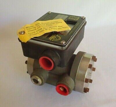 Universal 93871 Flow Monitor -70 Ltrs / Minute Lh-Zzmzb70Lm-6L-220C 9-A1Xu-Tg 6