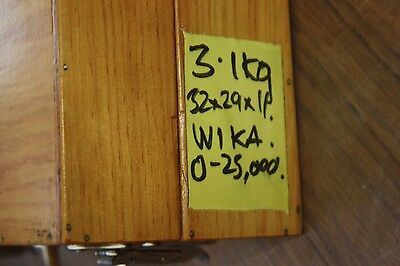 WIKA 0 - 25000 kPa CALIBRATOR PRESSURE STANDARD test GAUGE 7