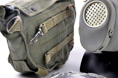 Vintage soviet era gas mask. Polish military Gas Mask MP-4. NEW Full set surplus 3