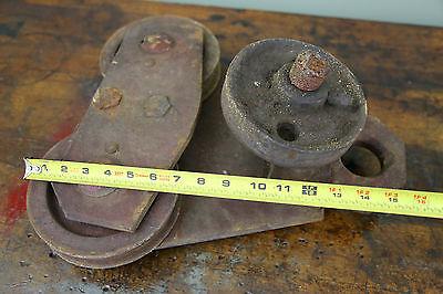 Vintage BROWN HOISTING MACHINERY CO Industrial 4000lb Barn Door Roller Cast Iron 12