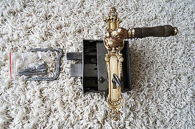 Vintage / antique beautiful large metal door lock with key,handle working order 2