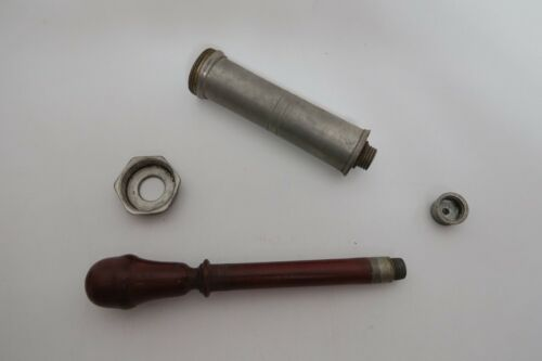 Große antike Spritze aus Zinn mit Holz-zug 19. Jahrhundert Veterinär? Selten 2