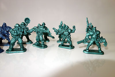 Army of 40 Sci-fi 40mm plastic soldiers Armored Infantry Tehnolog Bronepehota
