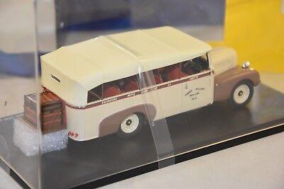 PERFEX 317 ROCHET SCHNEIDER 23000 CHABOUD 1937 CAPOTE avec Figurine   1//43