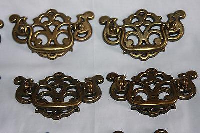Vintage Bronze Colored Metal Drawer Handles Pulls (12)  & Cabinet Knobs (8) 8