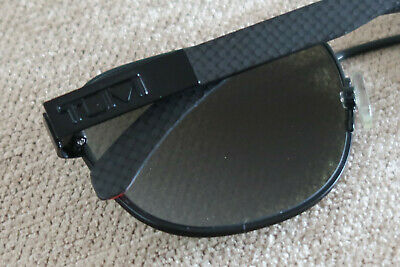 Tumi Vasco Mens Carbon Fibre Polarized Sunglasses Black & Red Festival Classics 7