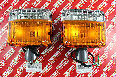Genuine Toyota Land Cruiser FJ40 BJ40 OEM Front Turn Signal Lights Lamp LH /& RH