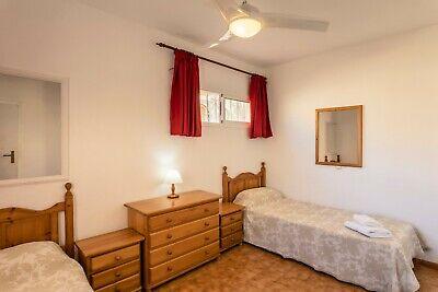 MAKE AN OFFER - TENERIFE 2 bedroom poolside villa, 7