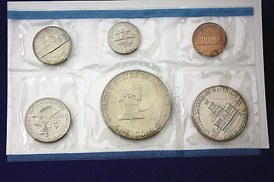 1975 UNCIRCULATED Genuine U.S. MINT SETS ISSUED BY U.S. MINT 6