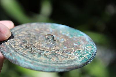 Islamic bronze mirror with Arabic ornaments, 700-800 AD, 6.5 cm 5