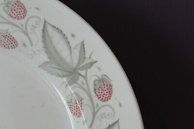 "Susie Cooper Wild Strawberry 8-1/4"" Luncheon Plate 2"