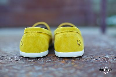Fred Perry Men/'s Halstead Suede//Canvas B4233-994 Yellow Loafers Sneakers Slip-On