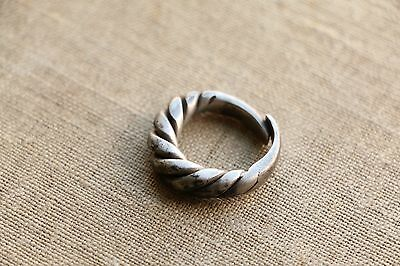 Excellent  RARE Viking SILVER Twisted Ring 9-10 AD 5