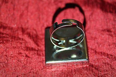 fantaisie bague carrée/ring cuir noir et beige