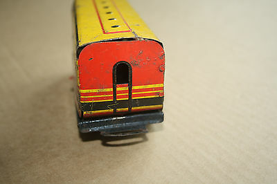 A beautiful  OLD TINPLATE TOY as a  DESK or BOOKCASE ORNAMENT Hornby 'O' gauge a 4