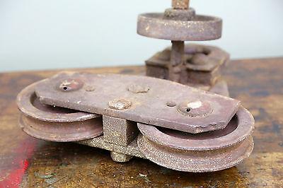 Vintage BROWN HOISTING MACHINERY CO Industrial 4000lb Barn Door Roller Cast Iron 10