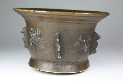 Mörser Rippenmörser mit Hund-/Wolfsköpfen Bronze, Spanien 17. Jhd. (545) 5