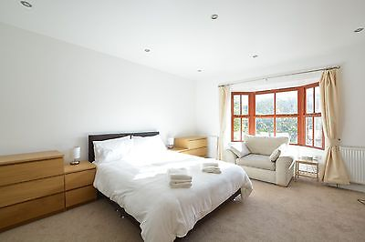 Fabulous 2020 School holidays at a 5 Star , 6 Bedroom, Luxury in Pembrokeshire 12