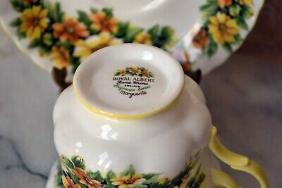 TEACUP and SAUCER SET - Royal Albert Fragrance Series MARGUERITE Flower, England 7