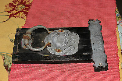 Vintage Lion Head Door Knocker Mounted On Wood-Metal Lion Head Knocker-LQQK 7
