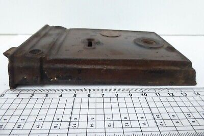 Antique R&E Russell Erwin New Britain Usa Door Rim Lock - Victorian Date Diamond 3