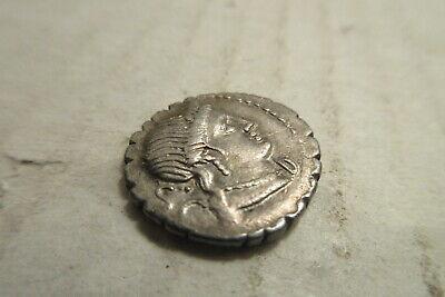 Roman Republic C. Naevius Balbus Silver Denarius SR.79 BC Serrate Venus Victory 3