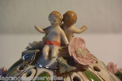 Exceptionnel diffuseur de parfum ou vase soliflore avec angelots décor italien