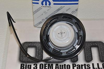 1997-2000 JEEP TJ WRANGLER MOPAR 52100116AB Fuel Cap Gas Cap